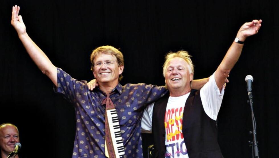 VENNER IGJEN: Konsert med Knutsen og Ludvigsen på Øyafestivalen i 2006. Gustav Lorentzen (t.v.) og Øystein Dolmen. Foto: Truls Brekke