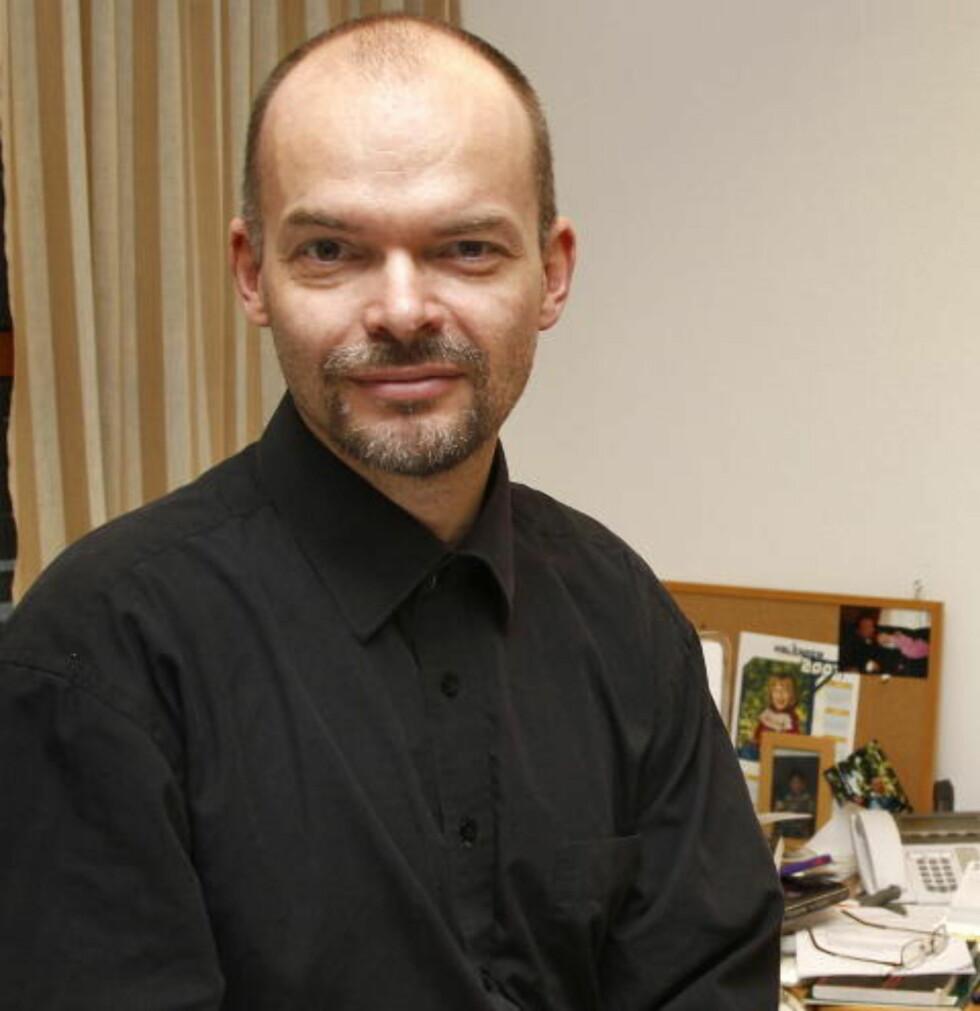KRITISK: Asbjørn Dyrendal, førsteamanuensis i religionsvitenskap ved NTNU.  Foto: Tom E. Østhuus, Dagbladet.