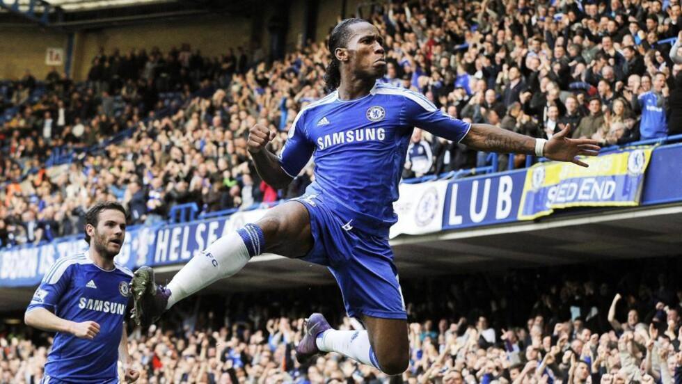 FEIRET: Chelseas Didier Drogba scoret etter pasning fra  Juan Mata da Chelsea vant 1-0 mot Stoke. Foto: EPA/ANDY RAIN