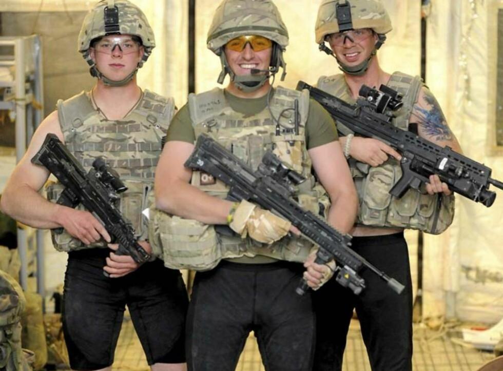 SIKKERHET: Både danske og amerikanske soldater har tatt i bruk disse silkebokserne, som skal beskytte soldatene hvis de trigger en veibombe. Foto: Den britiske hæren