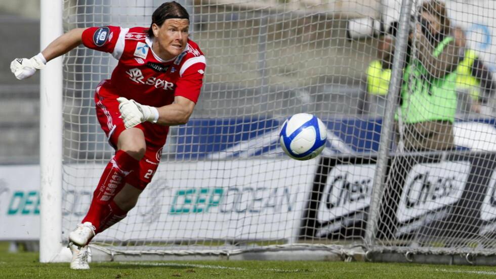 TIL SVERIGE: Tidligere Start-keeper Kenneth Høie hentes til Elfsborg av tidligere Stabæk-trener Jörgen Lennartsson. Foto: Jan Kåre Ness, Scanpix