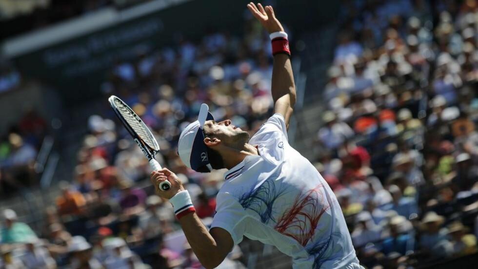 HAR VUNNET TO GANGER FØR: Novak Djokovic var presis og god da han slo ut Nicolas Almagro i California i natt. Foto: AFP/Robyn BECK