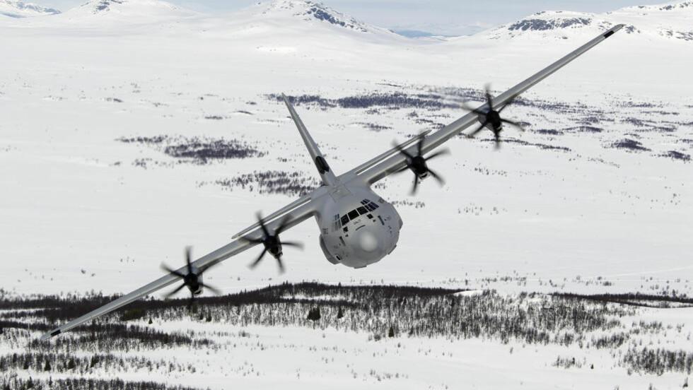 HAVARI: Årsaken til at et norsk C-130J Hercules-fly av denne typen forsvant over Sverige i går er fortsatt et mysterium. Foto: Thorbjørn Kjosvold / Forsvaret / Scanpix