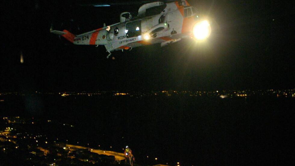 TERMISK KAMERA: Sea King-helikoptrene er utstyrt med varmesøkende kamera, som gjør dem velegnet til å søke i mørket. Her fra en redningsaksjon i Ålesund i januar. Foto: Fridgeir Walderhaug / Dagbladet