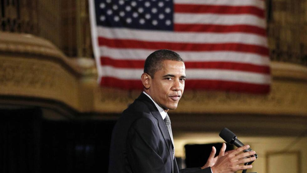 FELLES MENNESKELIGHET:  - Idet folk samles med sine familier, gjør gode gjerninger og ønsker velkommen en ny årstid, blir vi minnet på at vi deler en felles menneskelighet, sa Obama tirsdag. (AP Photo/Pablo Martinez Monsivais)