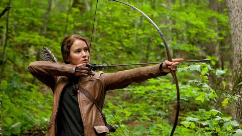 KAMPEN FOR Å OVERLEVE: Jennifer Lawrence utstråler indre styrke i «The Hunger Games», der hun må overleve i et tv-overført dødsspill for tenåringer.