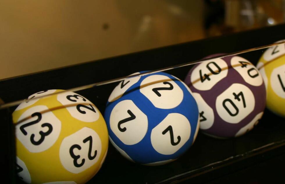 VANT 24 MILLIONER : En eldre dame fra Sør-Trøndelag vant i kveld 24 millioner i Viking Lotto. Illustrasjonsfoto: NORSK TIPPING
