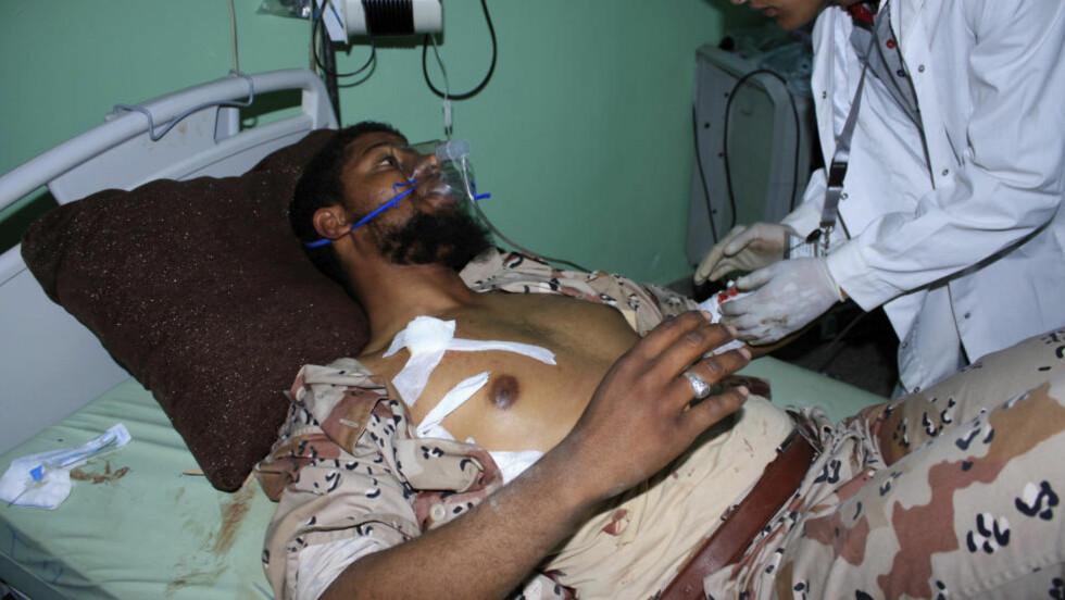HARDE SAMMENSTØT: Over 70 mennesker er drept og flere enn 150 er skadet etter de harde sammenstøtene mellom to ulike militsgrupper i byen Sabha i Libya. Foto: STRINGER/REUTERS / NTB SCANPIX