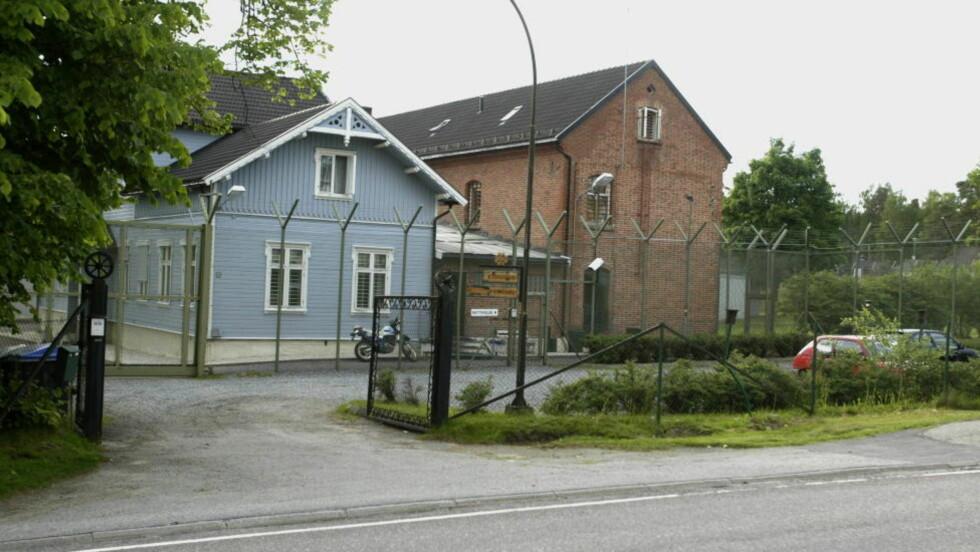 I FENGSEL: Albaneren (47) ble dømt til ti måneders fengsel for bedrageri og dokumentfalsk, og soner nå ved Eidsberg fengsel i Østfold. Foto: Bjørn Langsem/DAGBLADET.