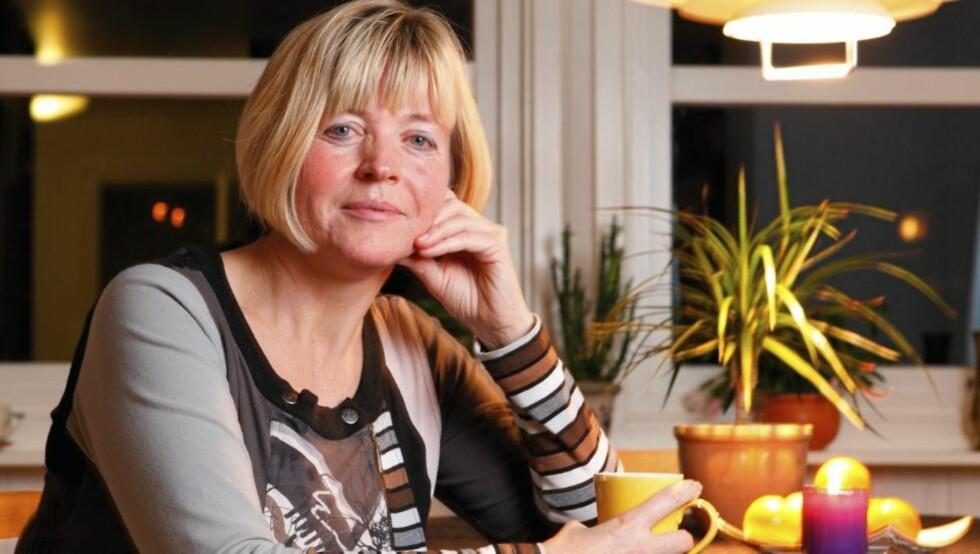 GROV VOLD: Anne Sønstebø ble utsatt for grov vold av samboeren. Nå har hun skrevet to bøker om det. FOTO: Jørn Grønlund