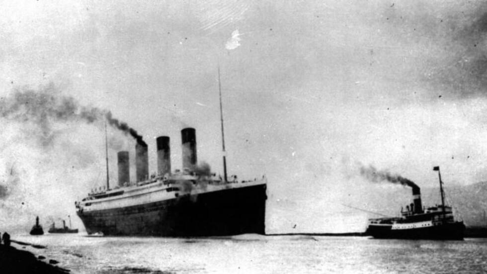 """ORIGINALEN:   """"Titanic"""" seiler ut fra Southampton 12. april 1912 på jomfrugturen mot New York. Tre dager seinere skejdde det som ikke kunne skje, ifølge verftet. FOTO: AP arkiv/NTB Scanpix."""