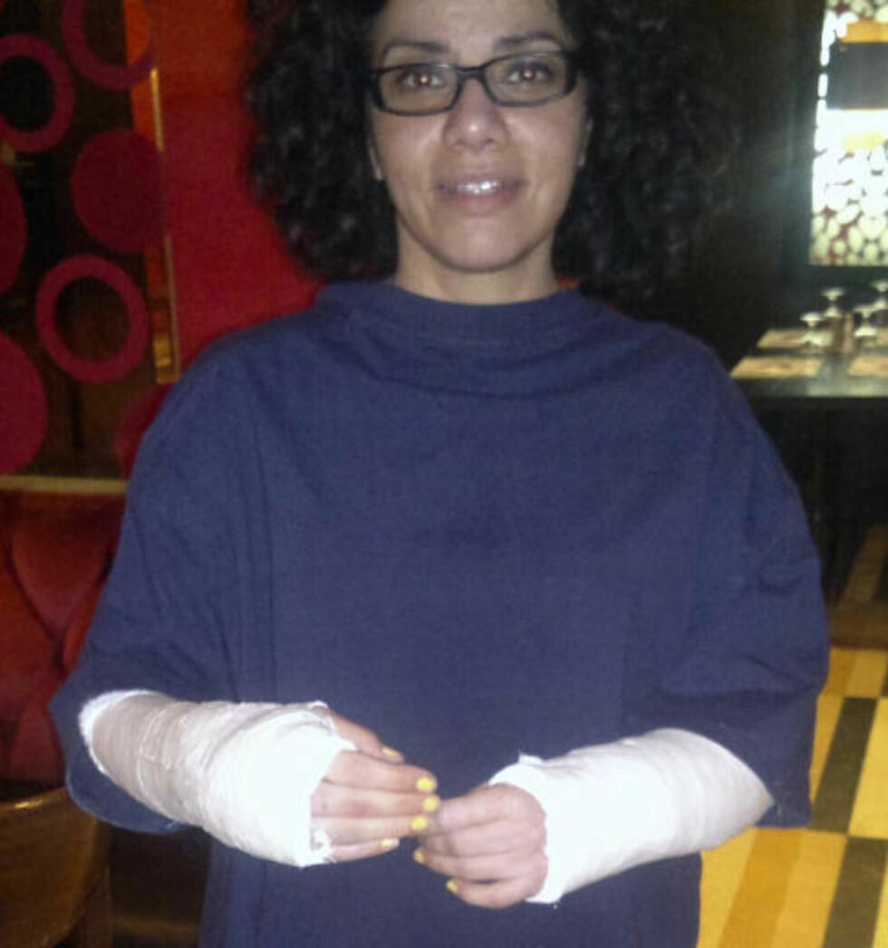 <strong>BANKET OPP:</strong> Mona Eltahawy (44) fra New York ble banket opp og sexuelt trakassert av egyptisle militære i går. (AP Photo/Courtesy Mona Eltahawy)