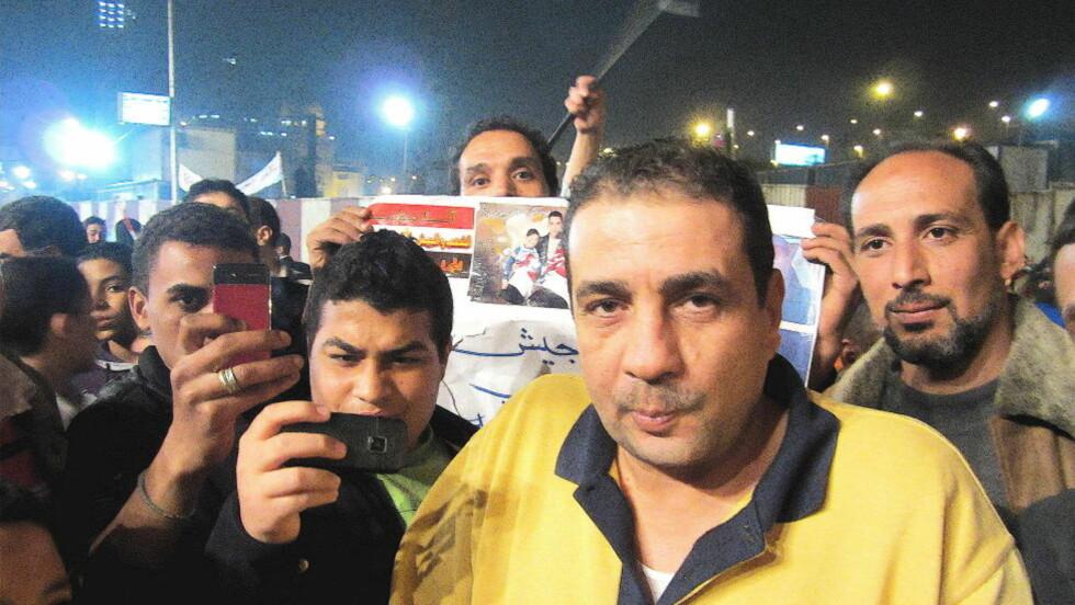 VIL HA VALG: Magdy Mahmoud undrer seg over hvorfor mange av demonstrantene på Tahrir ikke ønsker valg nå. —Det var jo det de kjempet for i januar og februar, sier han. Foto: Åsmund Gram Dokka