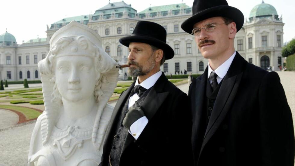 FRA VENNER TIL UVENNER: Viggo Mortensen spiller Sigmund Freud og Michael Fassbender er Carl Jung i David Cronenbergs «A Dangerous Method», som handler om vennskapet og feiden mellom psykoanalysens fedre. Og om sex, selvsagt.