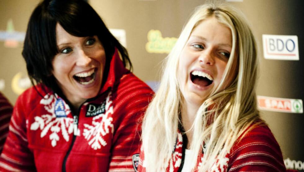 TO GULLVINNERE: Synes du Marit Bjørgen eller Therese Johaug fortjener prisen? Foto: Thomas Rasmus Skaug/Dagbladet
