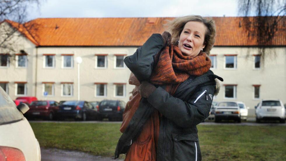 SARA ETTER:  I dag ble drapsdømte Sara Svensson en fri kvinne - åtte året etter drapet i Knutby. Her er hun svært glad onsdag i forrige uke etter at sjefslegen ved den psykiatriske institusjonen hun har vært leverte er klæring til retten om at hun er frisk. FOTO: CHRISTIAN ÖRNBERG/EXPRESSEN.