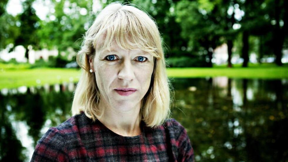 GLAD: Anniken Huitfeldt er glad for at penger nå blir satt av til tegneserieinnkjøp i Norge. Foto: Nina Hansen / Dagbladet