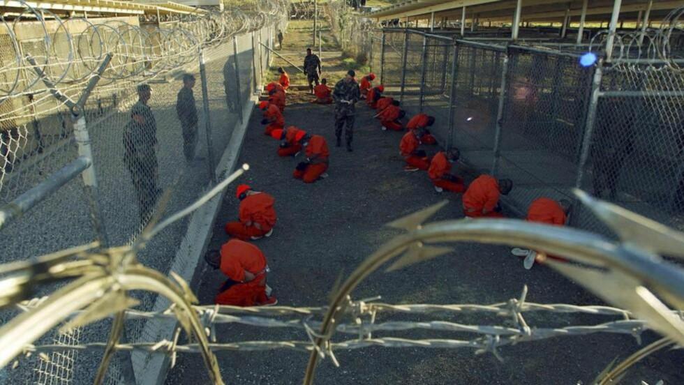 - BRYTER MENNESKERETTIGHETENE: Kritikerne av USAs holdning til menneskerettigheter er mange - nå føyer Russland seg inn i rekka. Her fra Guantánamo-leiren på Cuba. Foto: Reuters/Scanpix