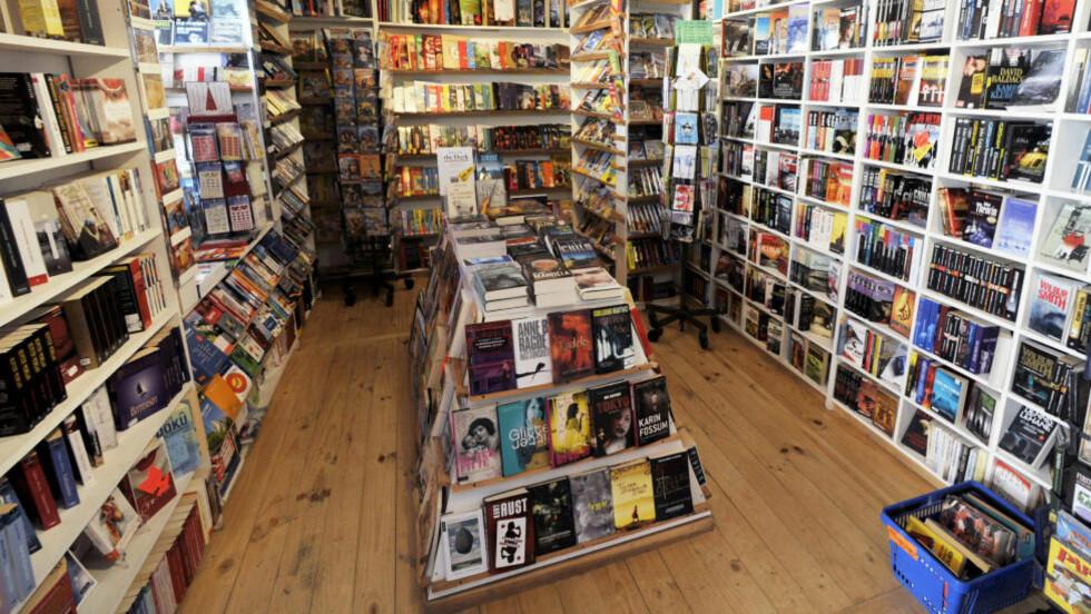 BREMSENE PÅ: E-bøker blir en økonomisk katastrofe for bok-bransjen. De er smarte når de forsøker å bremse utviklingen, skriver innleggsforfatteren. Foto: John T. Pedersen/Dagbladet
