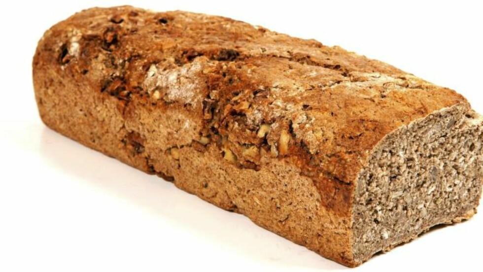 FEDON: Fedon Lindbergs lavkarbobrød inneholder ingredienser du må på helsekostbutikken for å få kjøpt. Foto: Svein Brimi