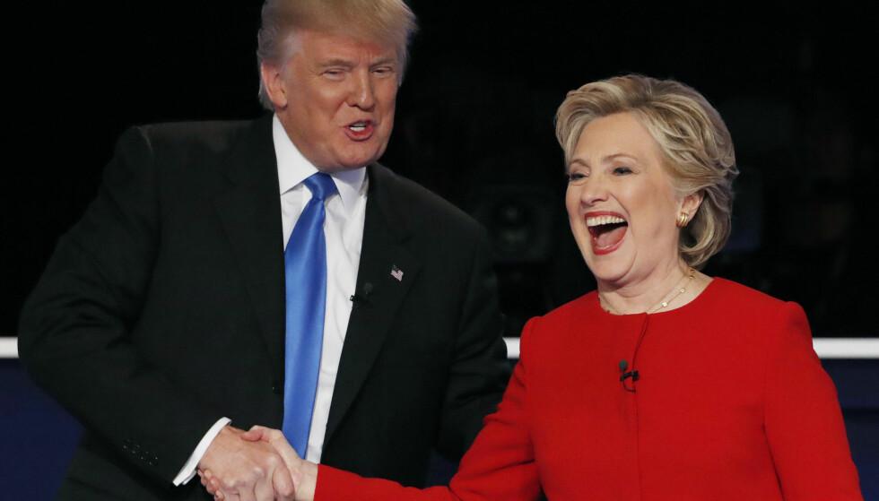 DEBATTERTE: Donald Trump og Hillary Clinton møttes til debatt i natt. Foto: REUTERS/Mike Segar