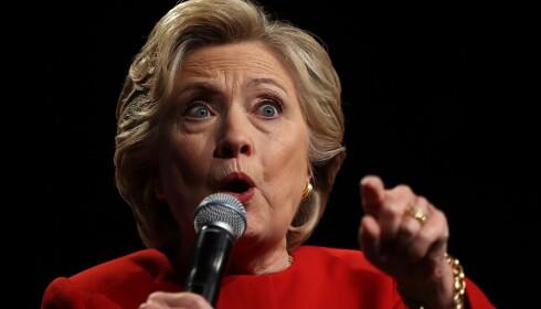 NY SEIER i VENTE: Hillary Clinton er demokratenes presidentkandidat, og gikk seirende ut av den første TV-debatten mellom de to. Skandalen gjør Trump en lett match i neste debat, mener ekspertene.