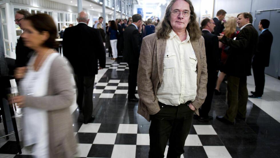 FILMAKTUELL:  I tre år er Ingvar Ambjørnsen blitt fulgt av kamera. I oktober viser NRK dokumentarfilmen «Hvit Nigger». Foto: Øistein Norum Monsen / DAGBLADET