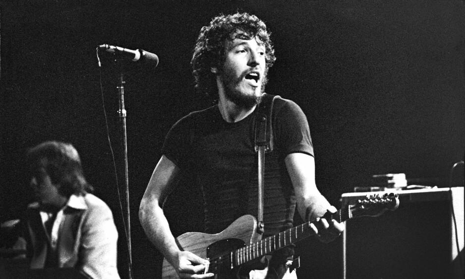 MEMOARER: Bruce Springsteens selvbiografi gir god innsikt i den unge, fremadstormende rockeren. Her er han i Stockholm i 1975. Foto: Bengt Adin / Aftonbladet / IBL / NTB Scanpix