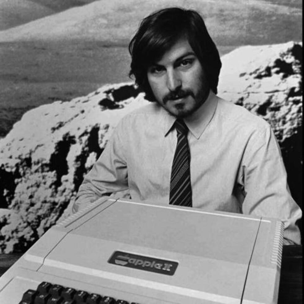 DATAREVOLUSJON: Med Apple II, og deretter Macintosh, revolusjonerte Steve Jobs dataindustrien. Foto: SCANPIX