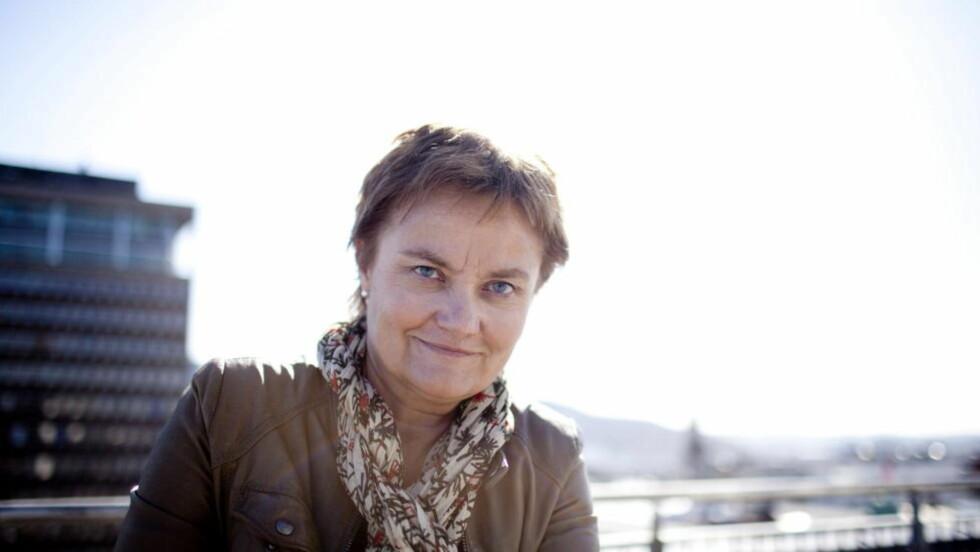 PLAGSOM  Fornyings-, administrasjons- og kirkeminister Rigmor Aasrud har fått en rapport som kritiserer Datatilsynets rolle som vaktbikkje. Hun er enig i kritikken. Foto: Silje Vagnild