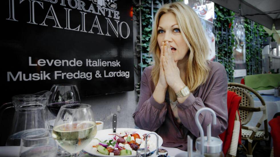BULIMI I 15 ÅR: Anne Sjøbakk Aalbu (37) har slet med bulimi i store deler av sitt voksne liv. Nå har hun røsket opp livet sitt i ei bygd i Norge for å forfølge drømmen om sangutdannelse i København. Foto: Nina Ruud