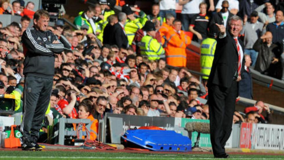 OK LØRDAG: Hverken Kenny Dalglish eller Alex Ferguson tar vel av etter 1-1.Foto: SCANPIX/AFP/ANDREW YATES