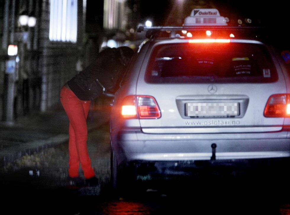 <strong>ATTRAKTIVT MARKED:</strong> Ansvarlig for Oslo-politiets STOP-gruppe mot trafficking og menneskehandel, Harald Bøhler, bekrefter at den nye finanskrisa i Europa gjør rike Norge lukrativt for utenlandske prostituerte. Foto: Espen Røst / Dagbladet