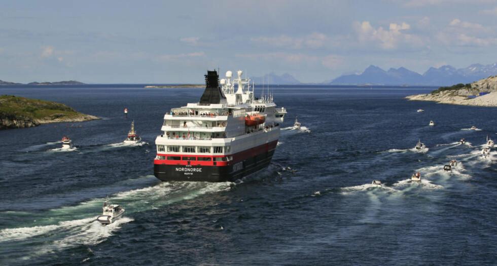 PARODIERT: NRKs sendinger «Hurtigruten - minutt for minutt» har blitt en farsott på internett, og har nå fått flere parodier.