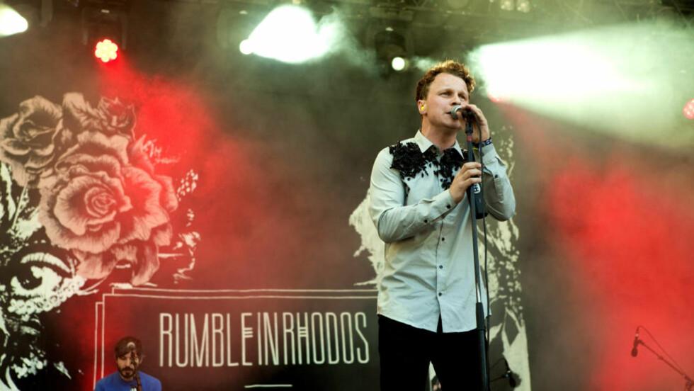 LIKER: Thomas Bratlie, sanger og frontfigura har hørt på Perry Farrel og Jane's Addiction. Foto: Anders Grønneberg