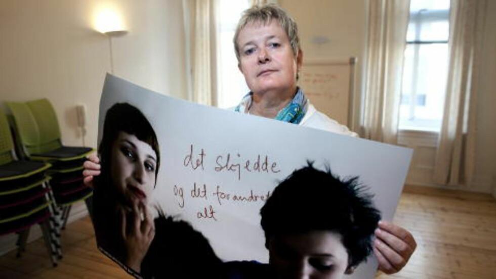 OVERRASKET: Leder for Dixi Ressurssenter, Herdis Magerøy, er overrasket over at ikke flere anmelder i overfallsvoldtektssaker. Foto: Henning Lillegård / Dagbladet