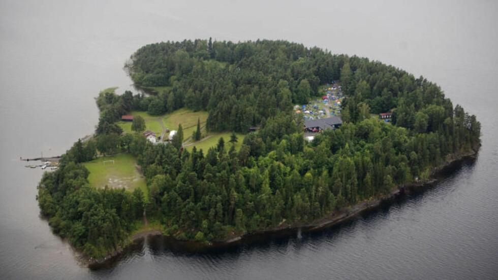 UTØYA: Minst 80 mennesker er drept etter massakren på Utøya. Her et oversiktsbilde av øya. FOTO: ADRIAN ØHRN JOHANSEN/ DAGBLADET