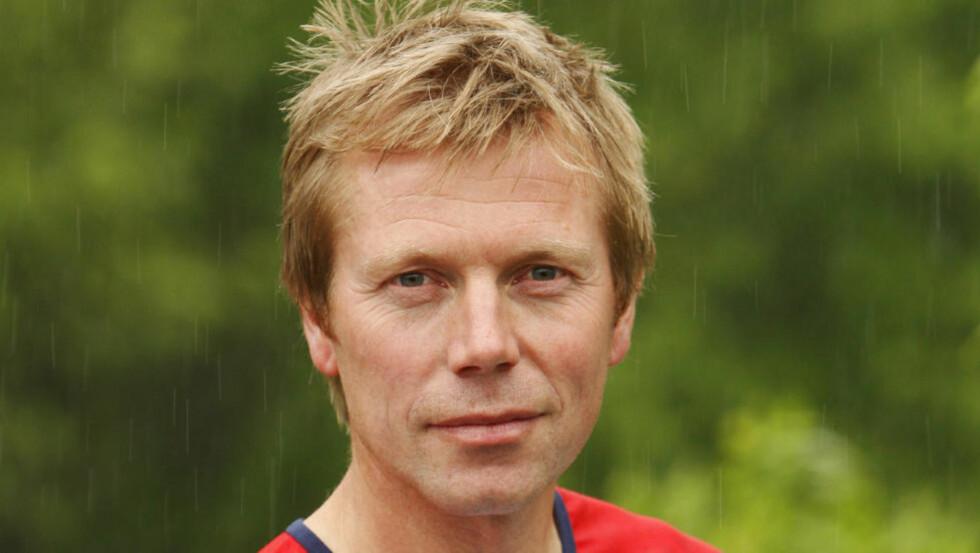 SKUFFET: - Det svir, sier landslagssjef Petter Thoresen etter sprinten i VM i orientering. Foto: Erlend Aas / SCANPIX