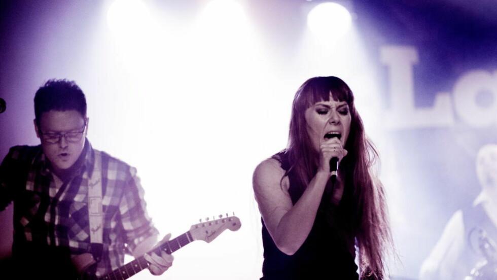 OVERBEVISER: Heidi Solheim og Espen Elverum Jakobsen i Tromsø-bandet Pristine på Gamla under Bylarm i Oslo i februar. Nå foreligger debutalbumet «Detoxing».  Foto: Sveinung U. Ystad, Dagbladet
