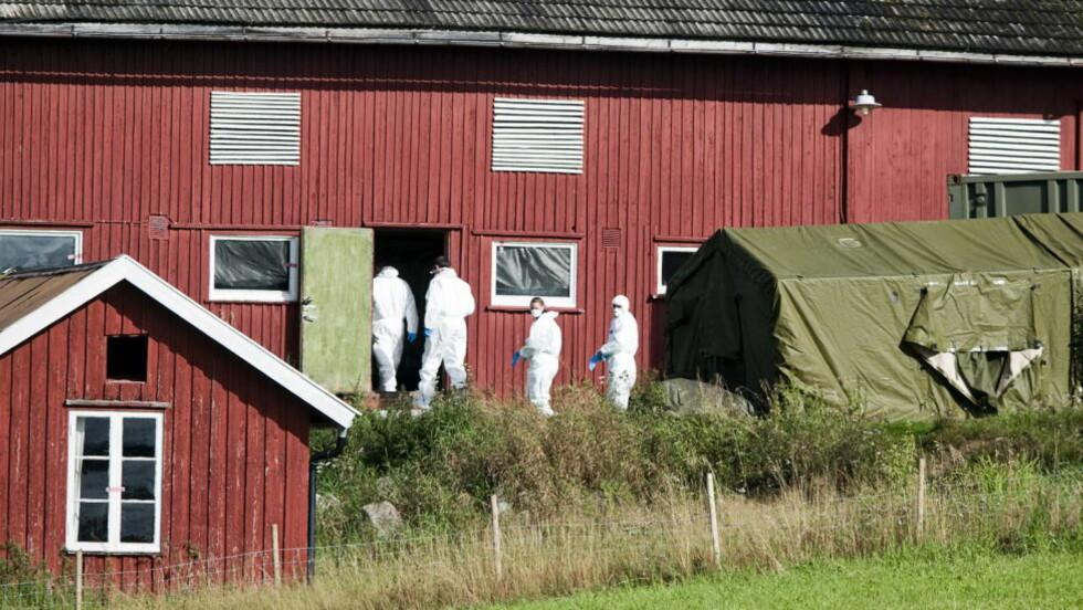 GÅRDEN: Ifølge Breiviks forklaring til etterforskerne, har han brukt både låven og kjøkkenet på Vålstua gård til bombeproduksjon.  Foto: Benjamin A. Ward
