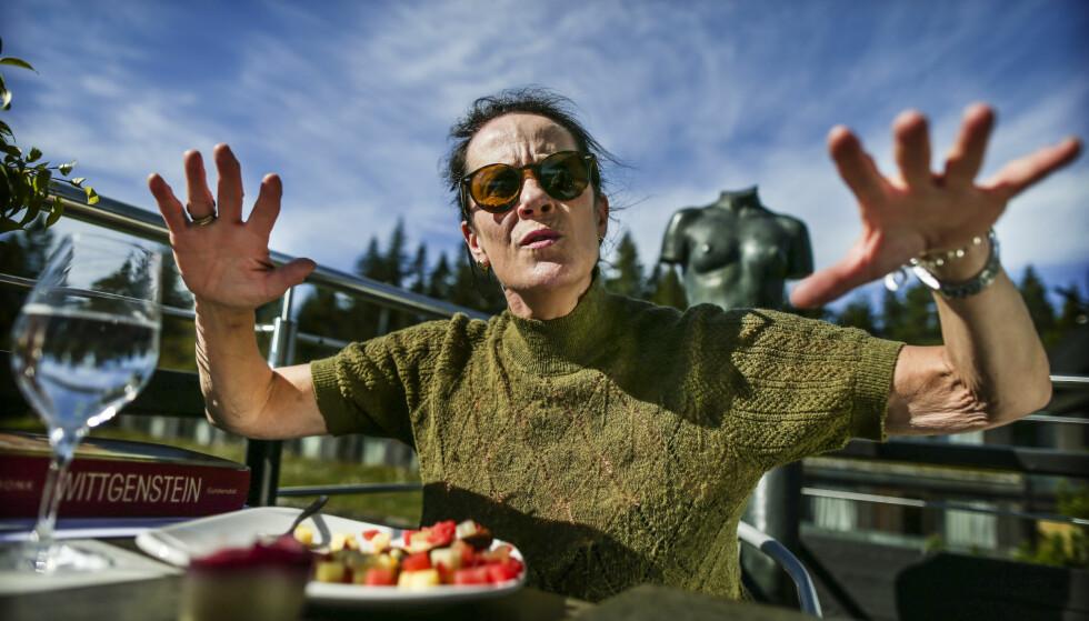 KRITISK: VigdisHjorth har fått kritikk fra Aftenpostens anmelder, Ingunn Øklnad, for sin siste bok Arv og miljø. Håvard Syvertsen kritiserer i dag Aftenpostens dekning. Foto Stein J Bjørge