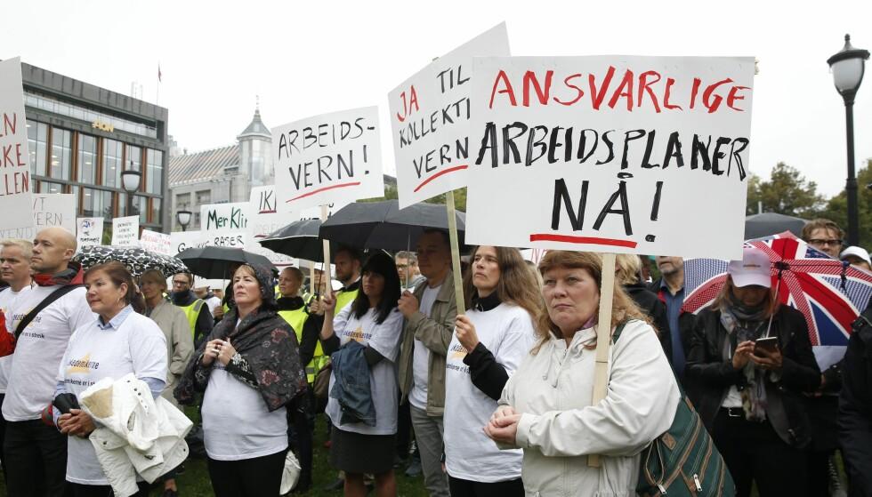 OFFENTLIG ANSATTE: Akademikerne er en av sammenslutningene som nå forhandler om lønn med staten og kommunene. Her fra en tidligere streik. Foto: Terje Bendiksby / NTB scanpix