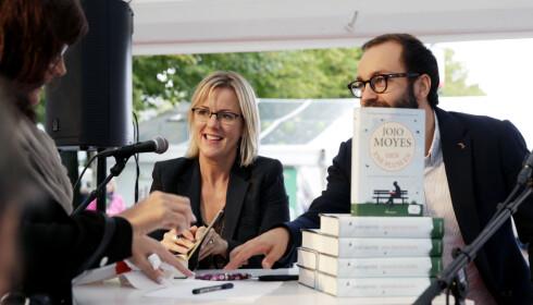 SELGER: Jojo Moyes bøker har solgt over ti millioner bøker. Hennes siste roman på norsk er svært tynn. Foto NTB Scanpix