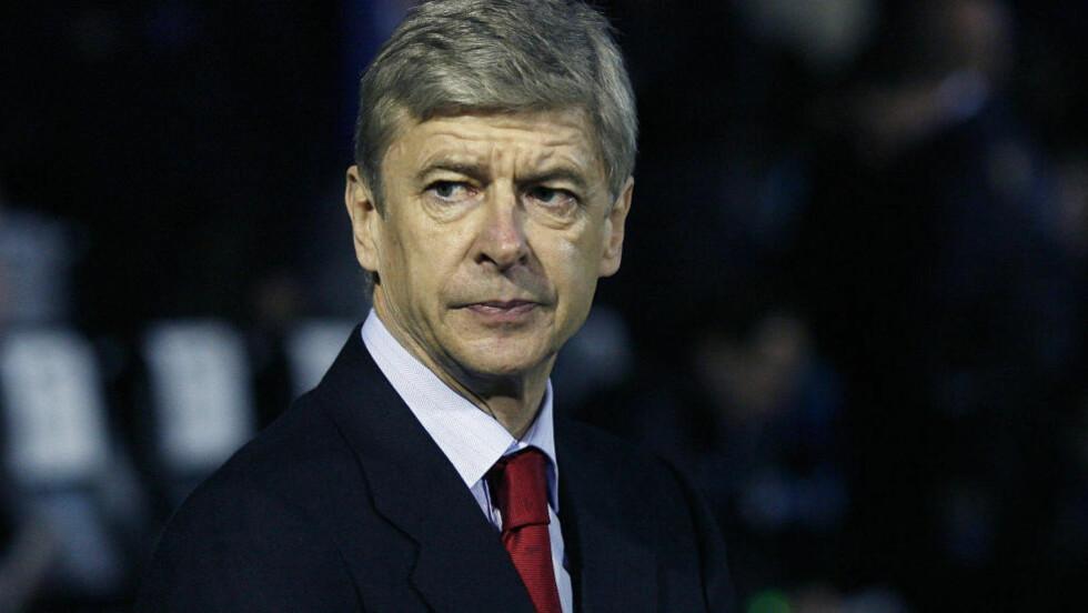 MISTER TROEN: Deler av Arsenal-fansen har begynt å miste troen på at Wenger er den riktige manageren til å skaffe klubben medaljer i premieskapet på The Emirates. Foto: AFP PHOTO/GLYN KIRK