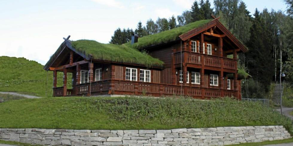 TVERRLIA: Dette var den modellen Eikås Hytter og Hus AS solgte mest av i 2010. Pris byggesett 1 053 900 kroner i den eksklusive utførelsen, 884 800 kroner som grunnmodell.  FOTO: produsenten