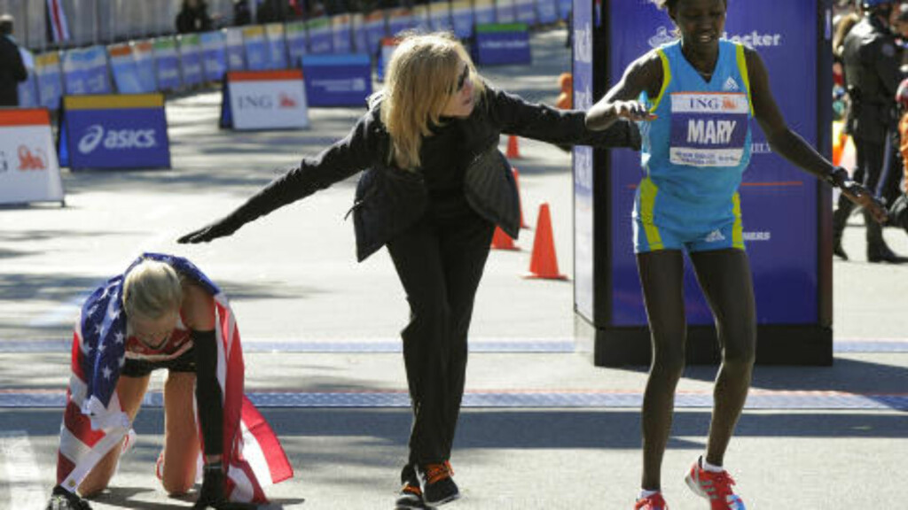 HYLLER WAITZ: President og direktør i New York Race Runners, Mary Wittenburg, mener Grete Waitz er delaktig i at New York Marathon er blitt verdens største langdistanseløp. Foto:  AFP PHOTO / TIMOTHY A. CLARY