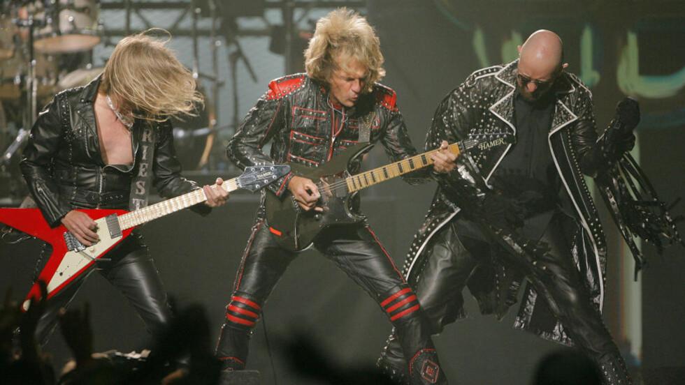FORTSETTER LIKEVEL: Judas Priest legger ut på sin mye omtalte avskjedsturné selv om K.K. Downing har forlatt bandet. 31 år gamle Richie Faulkner blir bandets nye gitarist. Foto: AP