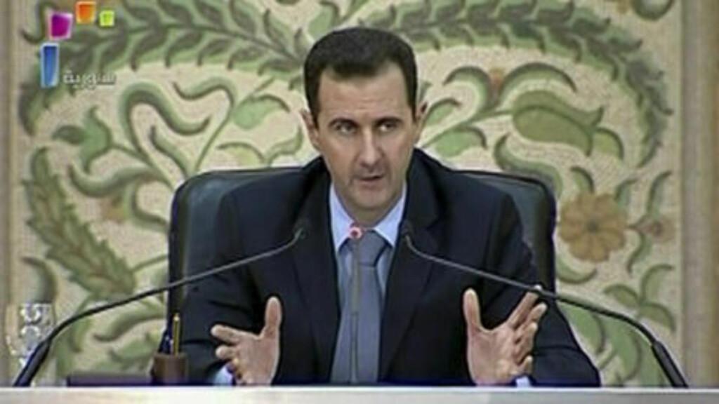 - UNØDVENDIG MED DEMONSTRASJONER: Syrias president Bashar al-Assad sier at demonstrantene burde være fornøyde med at unntakstilstanden er opphevet. Foto: REUTERS/Syrian TV via Reuters