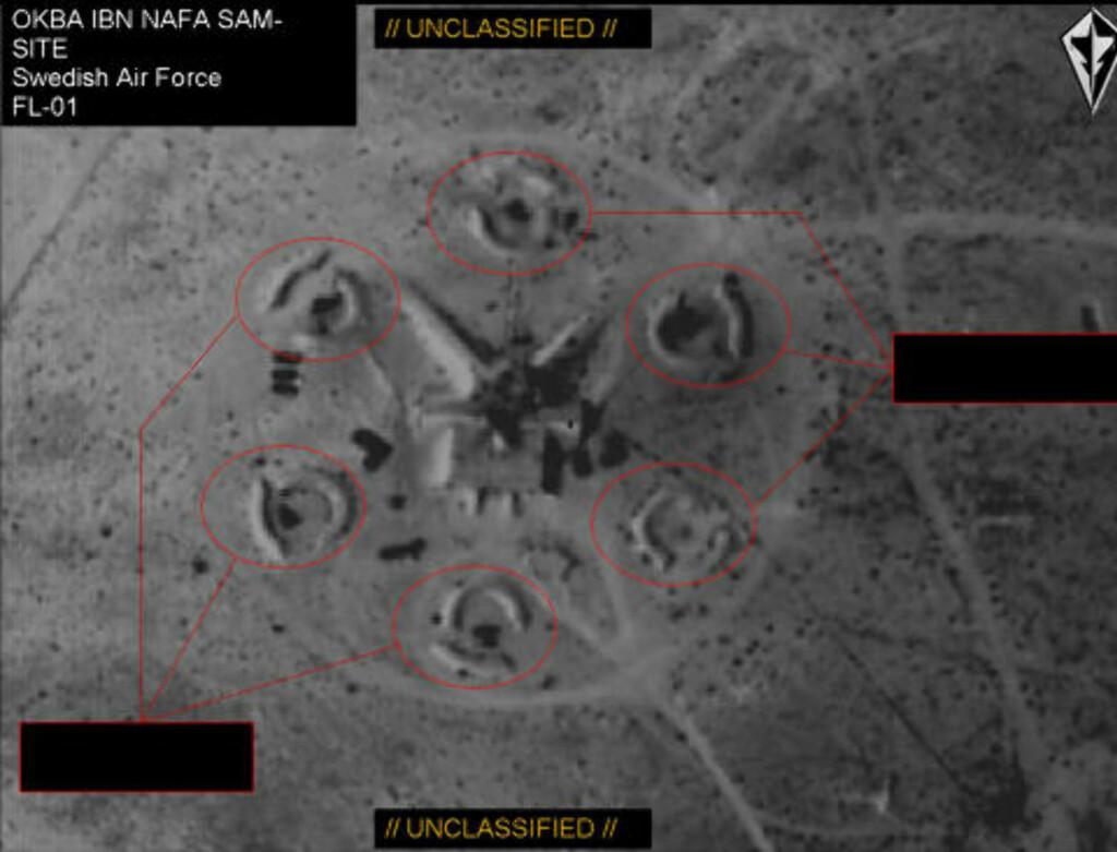 LIBYSK LUFTVERNSENHET: Her er overvåkningsbildet fra et svensk Gripen-fly av en libysk luftvernsenhet rundt 150 km vest for Tripoli. Foto: Försvarsmakten/FL01
