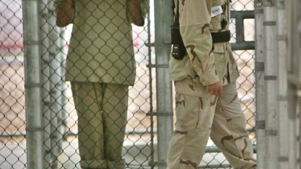 - FÅR RESULTATER AV TORTUR: Den omstridte Guantanamo-basen er igjen i skuddlinjen etter at Wikileaks offentliggjorde over 700 dokumenter om fangeleiren på Cuba. Foto: AFP PHOTO/Scanpix